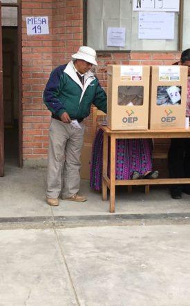 Voting in Bolivia