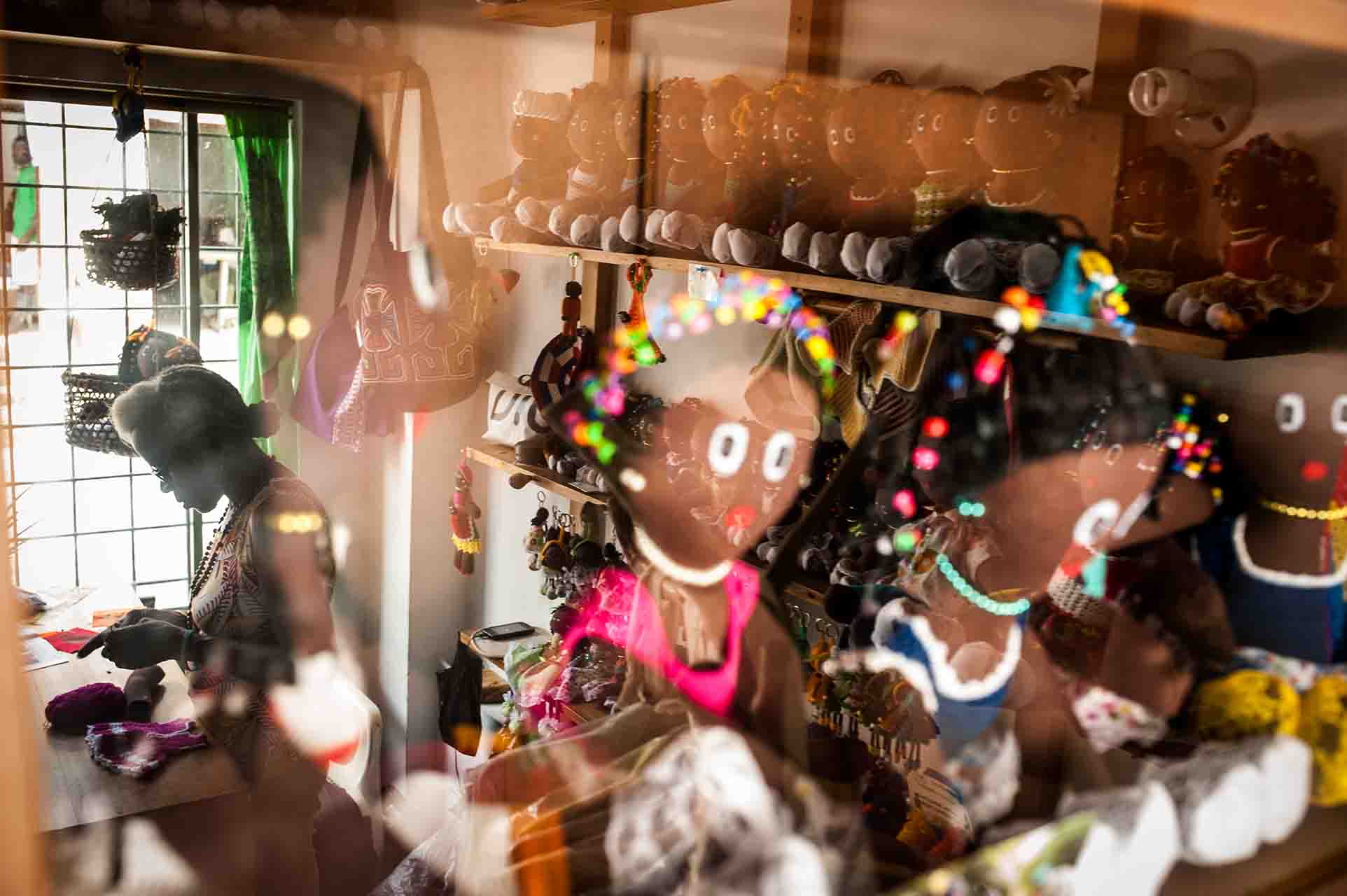 Luz Romaña Cuesta makes Afro-Colombian and Indigenous dolls.